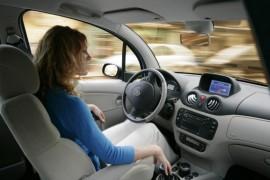 assurances automobiles spéciales pour femmes