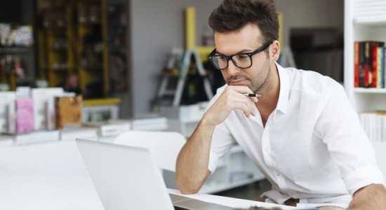 avantages des comparateurs d'assurances en ligne